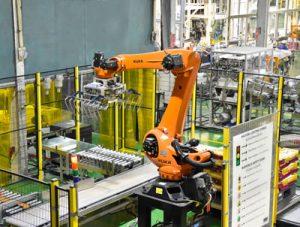 Why We Use Robotic Arms in the Manufacturing Industry